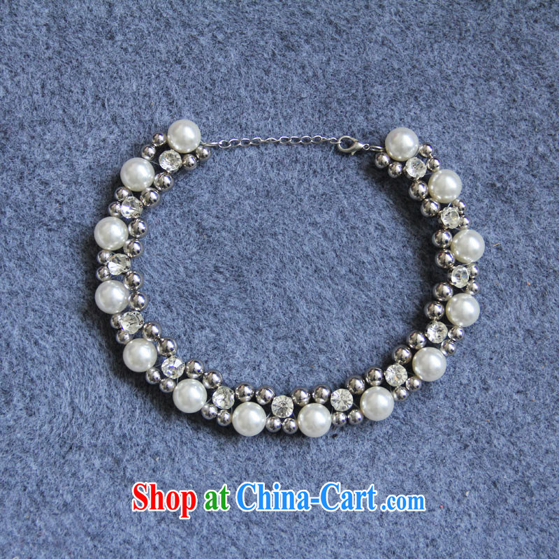 Mix, pearl necklaces lady loaded with mandatory white aura 100 to ground,