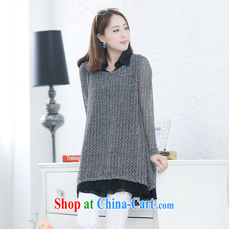 Increase the emphasis on mm spring new 2015 maximum code female thick sister knit-leave of two long-sleeved light sweater gray 2 XL