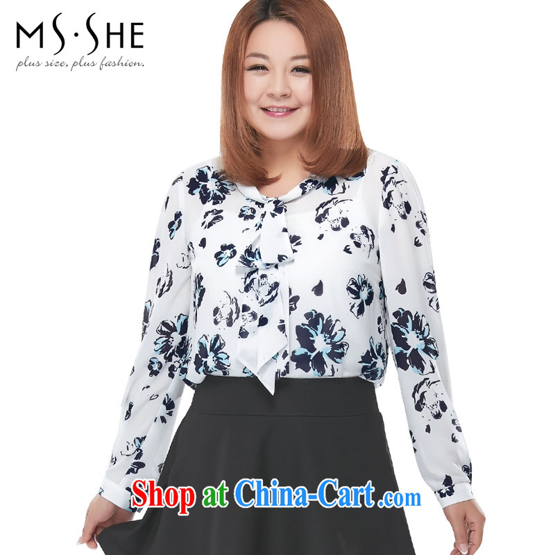 The MSSHE indeed XL women 2015 new spring stamp V collar long-sleeved snow woven shirts T-shirt 2911 white stamp 3XL