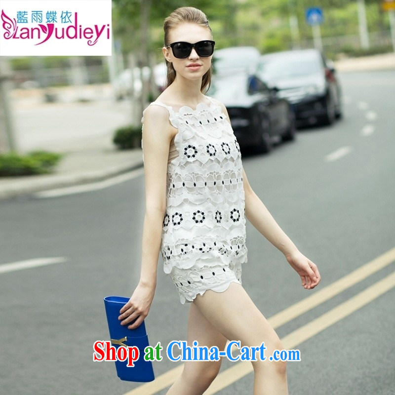 Health concerns women _ The European site 2015 spring and summer new European big high-end female water-soluble embroidery vest T-shirt + shorts set picture color S